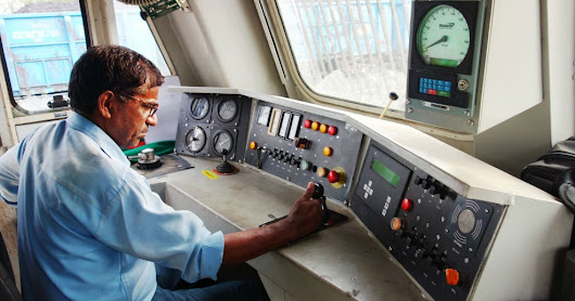 How To Become A Loco Pilot?