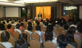三遊亭楽春講演会「笑いと健康の落語講演会」