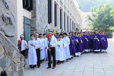GP Bà Rịa: Thánh lễ an táng Cha Cố Phêrô Nguyễn Văn Giản - Ảnh minh hoạ 7