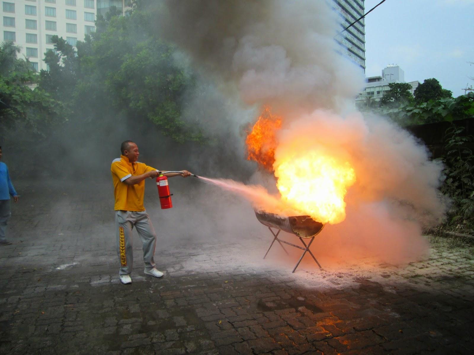 alat pemadam kebakaran murah jakarta
