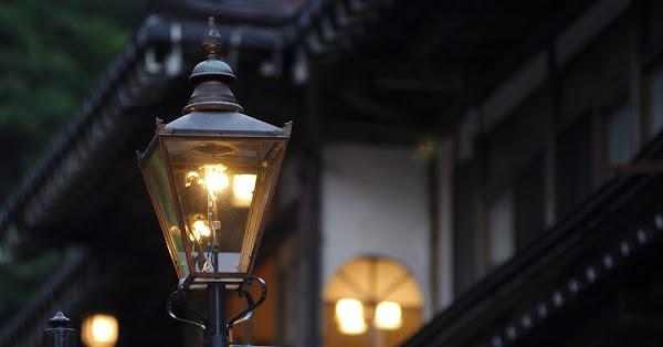 The Last Gas Streetlights Amusing Planet, Gas Lit Outdoor Lights