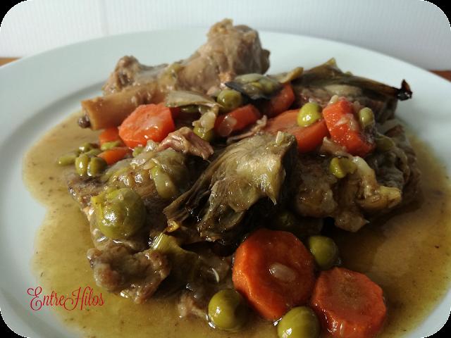 cocinar con slow cooker. estofado de cordero con verduras