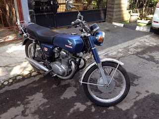 LAPAK MOTOR KLASIK : Dijual Honda CB350 '69