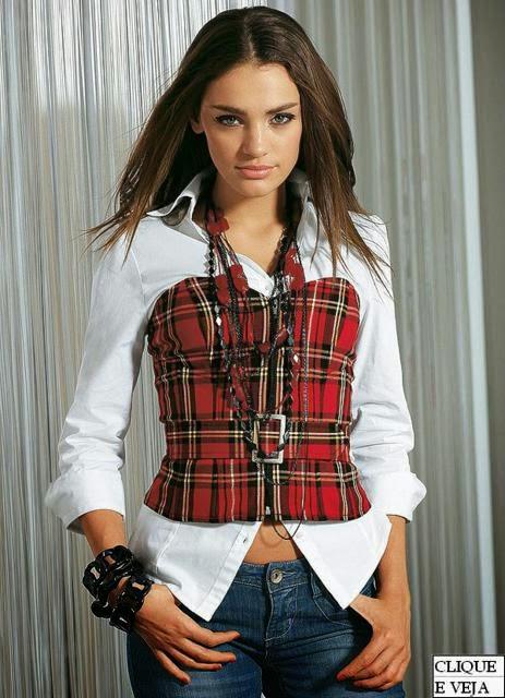 corset sobre camisa