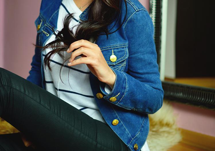 Suche końcówki włosów - co robić? Jak nawilżyć? Najlepsze sposoby na suche końce - Czytaj więcej »