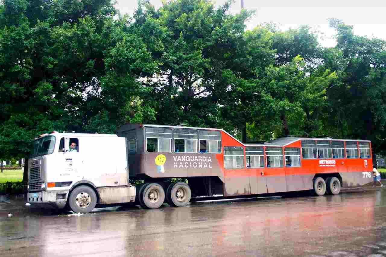 Camel Bus, Cuba, Amiscar