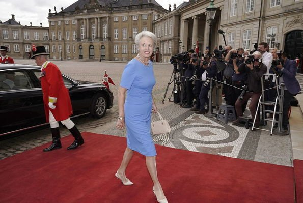 The French President and First Lady were welcomed by Queen Margrethe. Prince Joachim, Princess Marie and Princess Benedikte