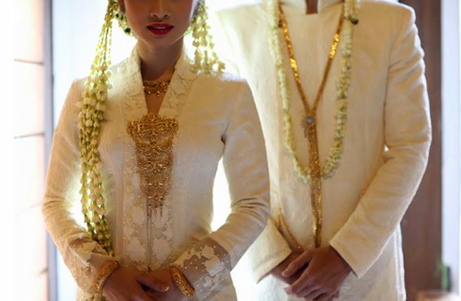 Puput Utami Wedding Outfit Idea Part I Manten Jawa