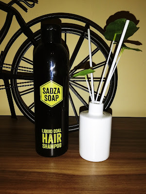 Recenzja: Sadza Soap Hair Shampoo- Szampon do włosów z węglem aktywnym