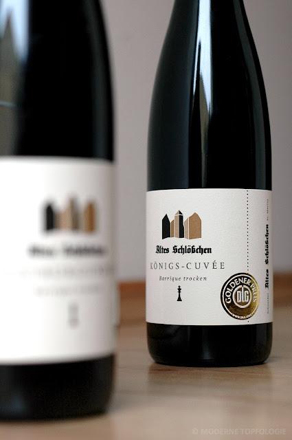 Rotweines des Weingutes Altes Schloesschen in der Pfalz