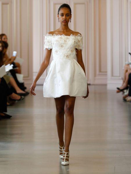 vestidos de novia cortos por delante