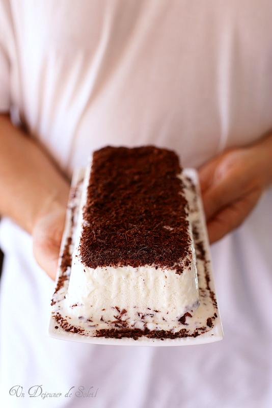 Gâteau glacé vanille chocolat façon stracciatella