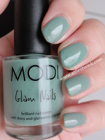 Modi Glam nails 47 - Mint latte
