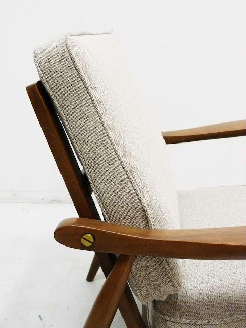 hans Wegner Style Lounge Chair GE-270 Brass Detail