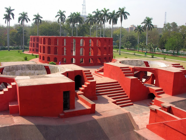 Jantar mantar at sun rays site views and pics
