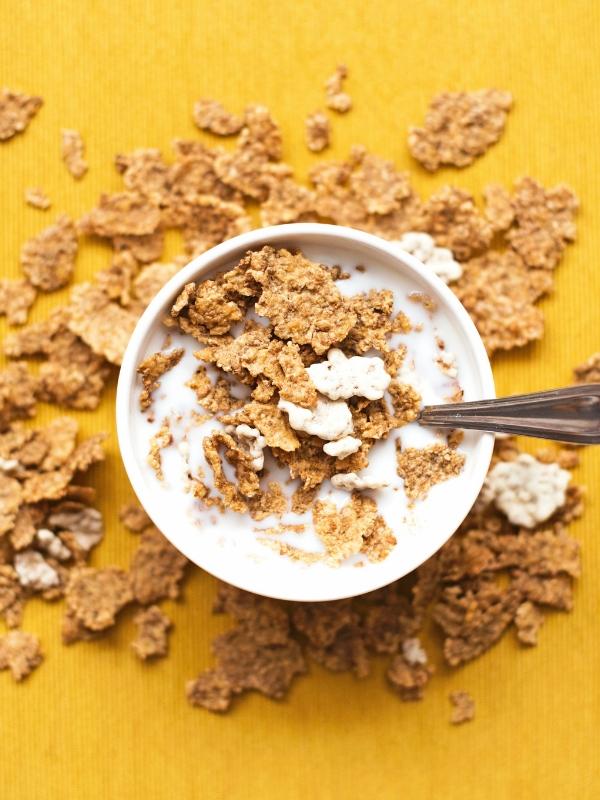 9+1 Τροφές που πρέπει να περιέχει το πρωϊνό σου προκειμένου να ξεκινήσεις σωστά και γεμάτη ενέργεια την ημέρα σου | Ioanna's Notebook