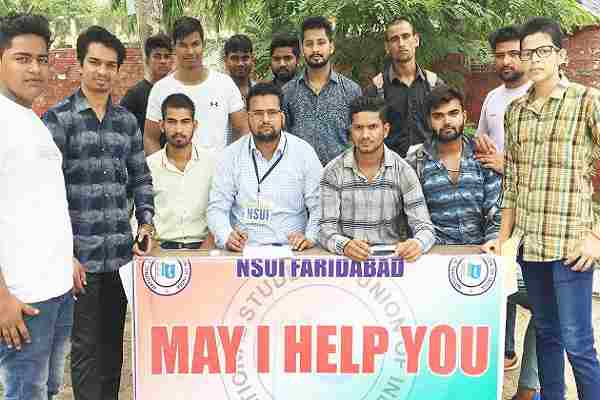nsui-desk-may-i-help-you-outside-nehru-college-faridabad-news