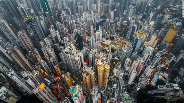 See The Breath-taking Pictures Of Hong Kong's Skyscrapers Taken By Photographer Andy Yeung
