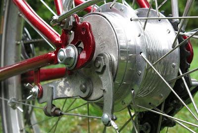 Drag brake: Atom drum brake hub