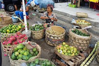Sukawati market, bali, 峇里