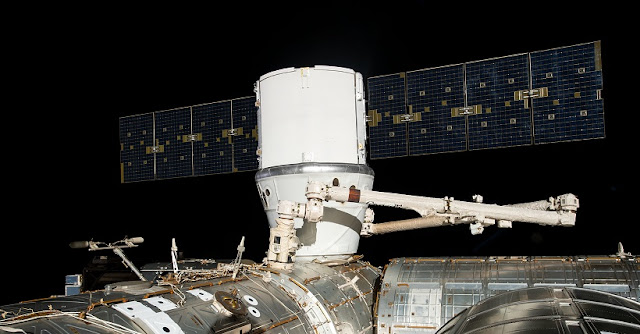The SpaceX Dragon cargo craft is installed to the Harmony module's Earth-facing port a few hours after it was captured by astronauts David Saint-Jacques and Nick Hague with the Canadarm2 robotic arm. Credit: NASA