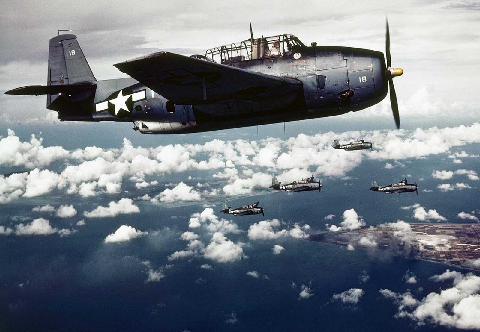 apanese-held Wake Island under attack by U.S. carrier-based planes in November 1943