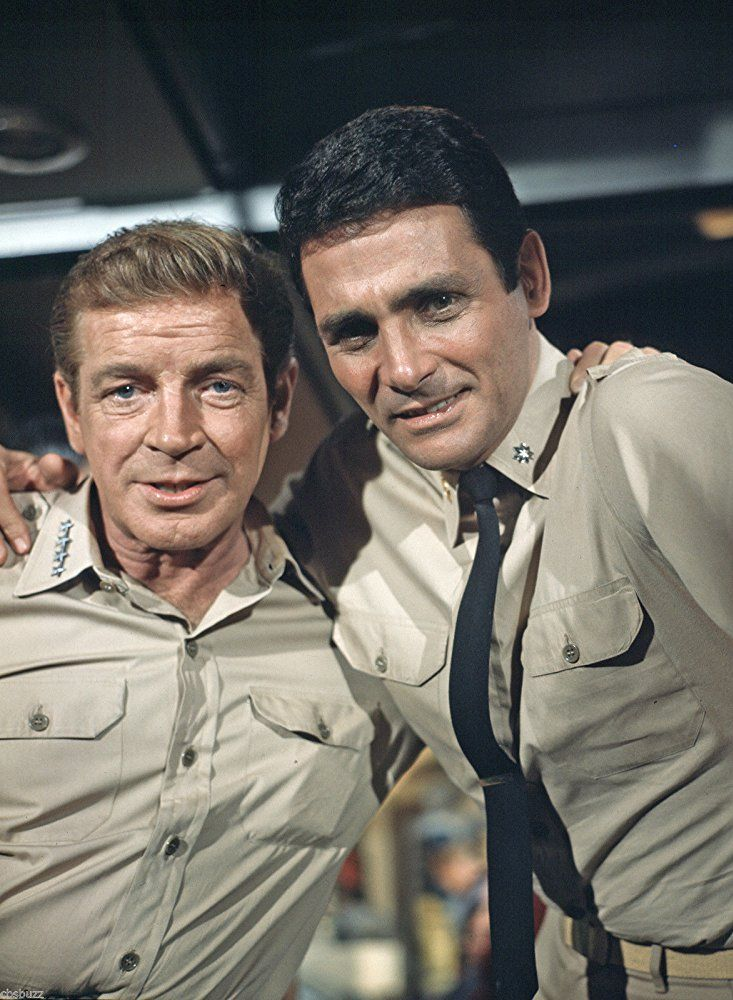 El viaje al fondo del mar fue una serie norteamericana de ciencia ficción  de los años 60 basada en la película de 1961 del mismo nombre. ef43b2ee977