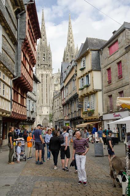 Quimper viaje Bretaña Normandia turismo diario