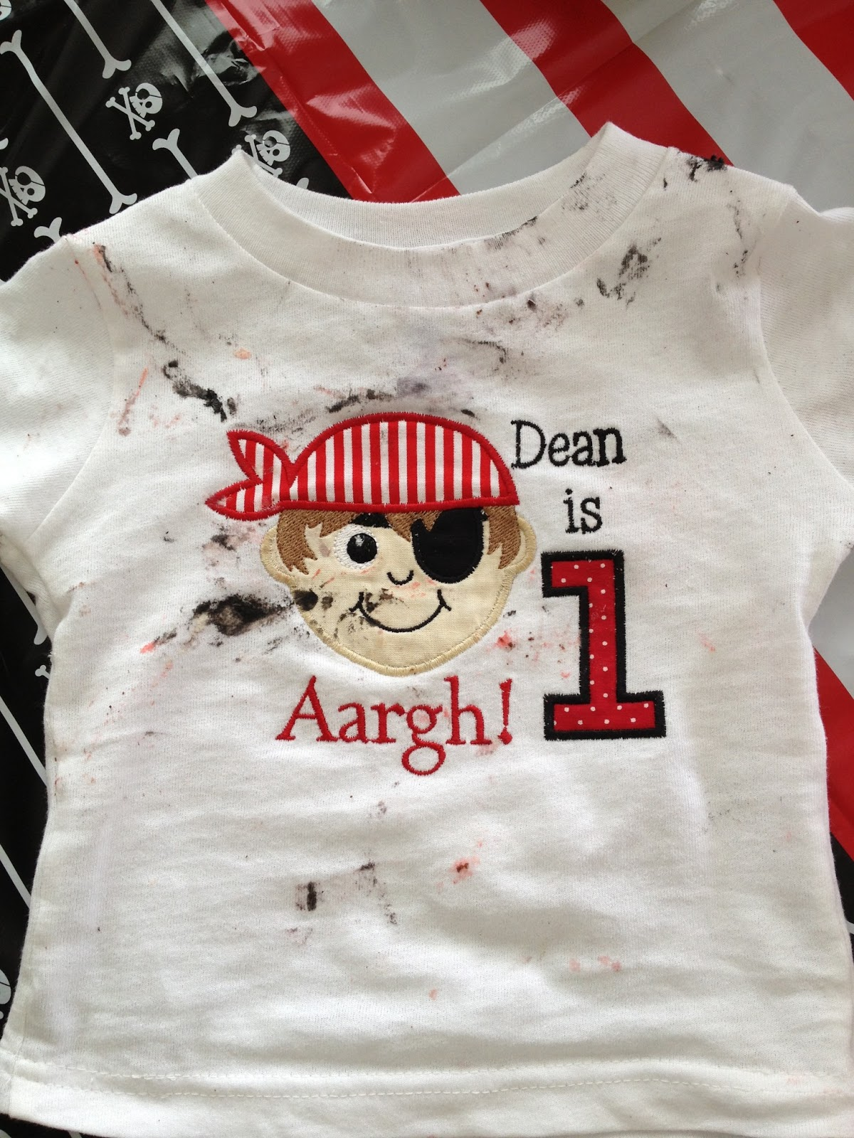 89ea6372 Appliqués n Stitches: Aargh, Dean is One! Fun Pirate Digitizing and ...
