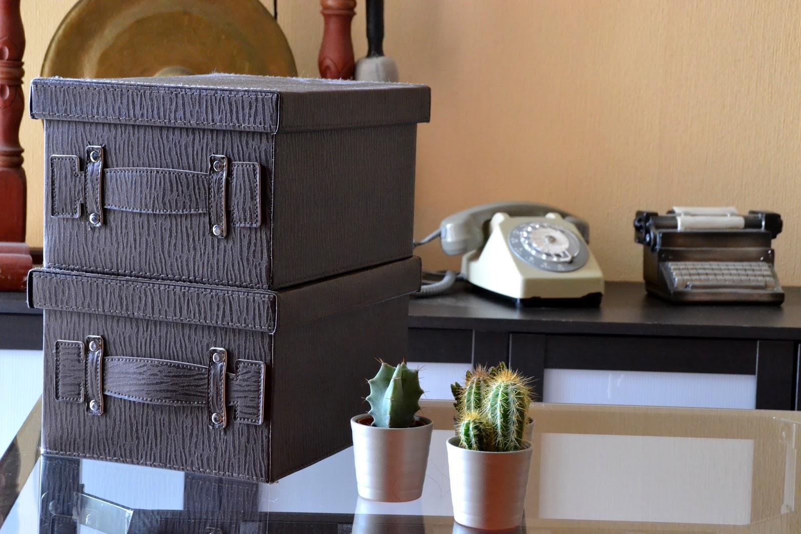 boite rangement babou. Black Bedroom Furniture Sets. Home Design Ideas
