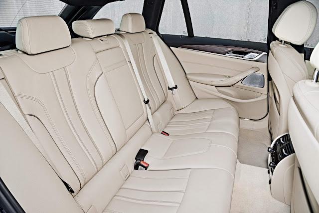 BMW Série 5 Touring - espaço traseiro