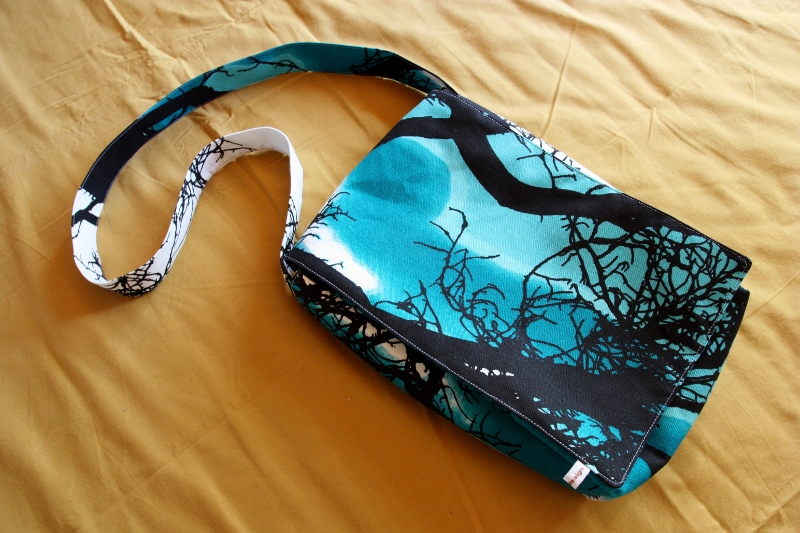 kassi+011+(800x533) - How To Make A Messenger Bag