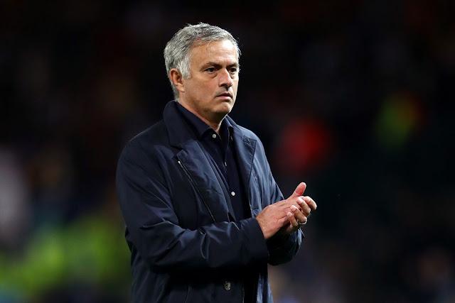 مورينيو يصدم ليفربول بشأن الفوز بالبريميرليج