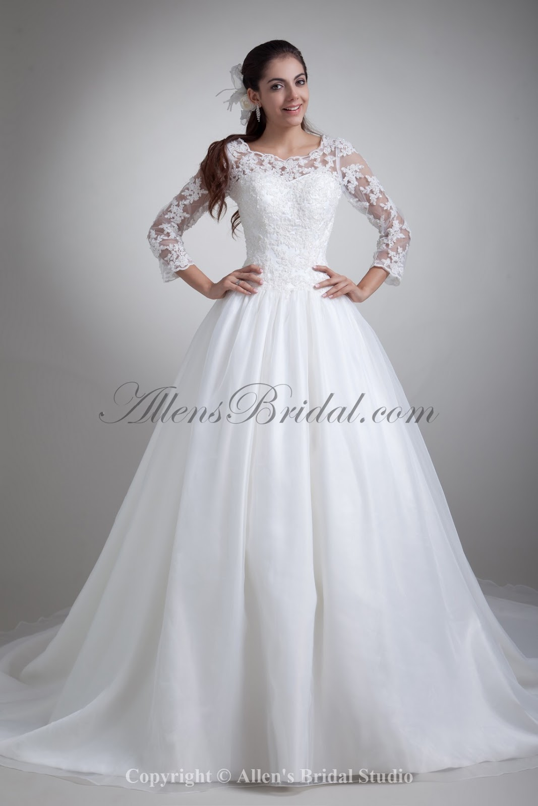 Wedding Gowns With Three Quarter Sleeves