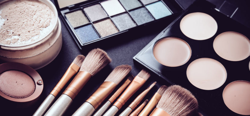 Makeup for beginners brushes