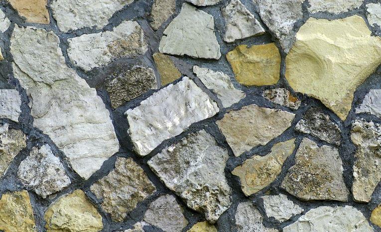 Pagar Rumah dari Batu Alam