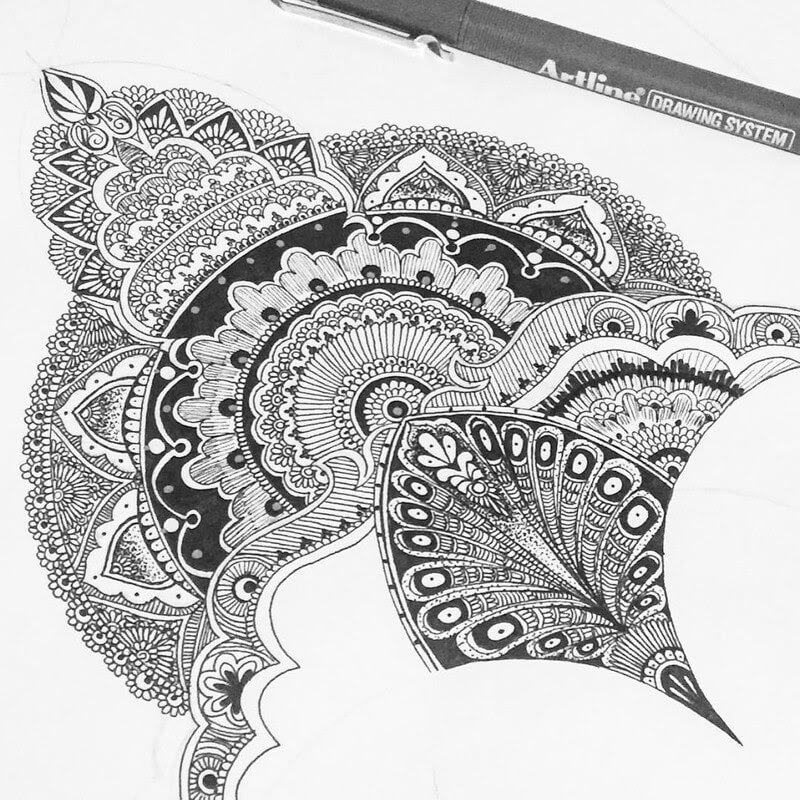 04-Eszter-Luca-Stippling-Ink-Mandala-Designs-www-designstack-co