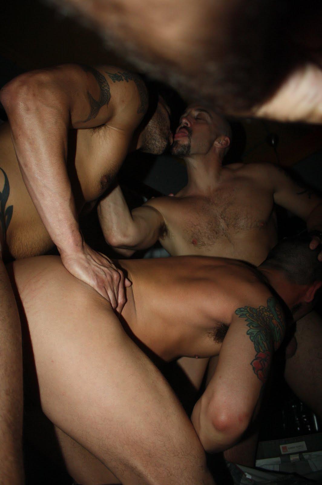 male strip club sex