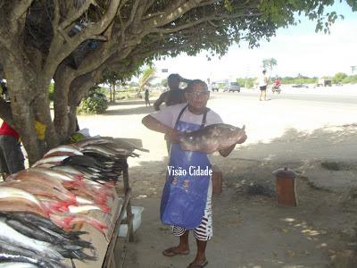 """Vera Cruz: """"Edu Vendedor de Peixe da Gente"""""""