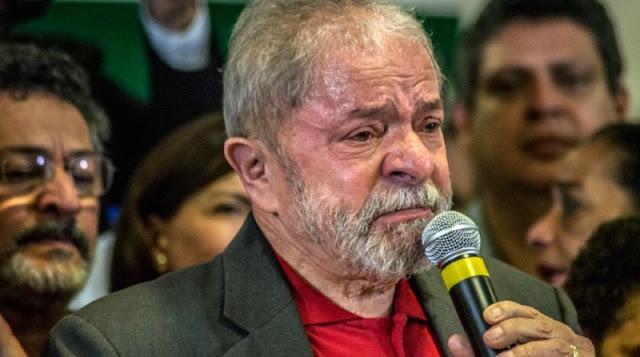 Condenan a Lula da Silva a 9.5 años de prisión por corrupción y lavado de dinero.