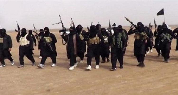 داعش يبتكر طريقة غريبة و بشعة لقتل عناصره الفارين من ساحة المعارك