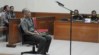 Korupsi Dana Alusista Brigjen Teddy diganjar hukuman Seumur Hidup - Commando