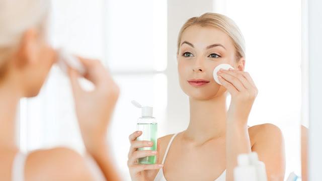 Sử dụng toner làm sạch da mặt hiệu quả