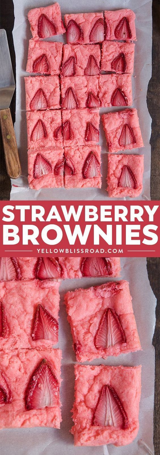 Strawberry Brownies #dessert #cake #valentineday #strawberry #brownies
