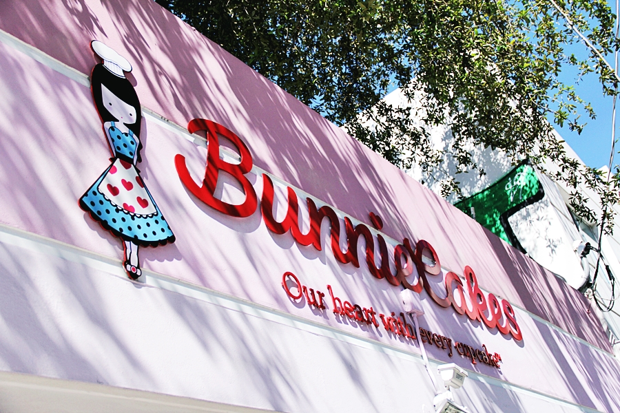 bunnie cakes vegan
