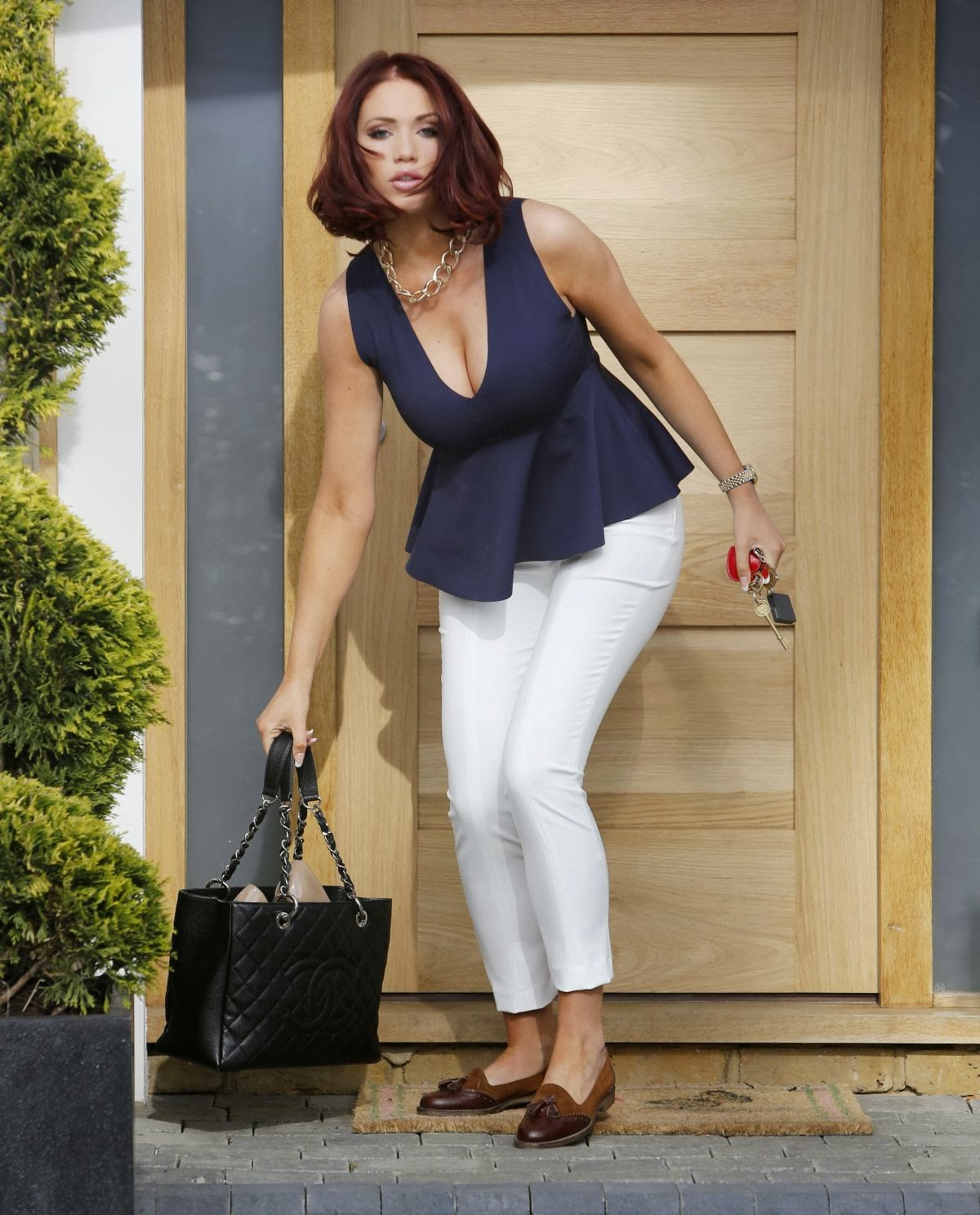 The Celebrity Oops Digest: Amy Childs gave big boob