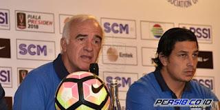 Mario Gomez: Persib Melepaskan Bola Terlalu Cepat