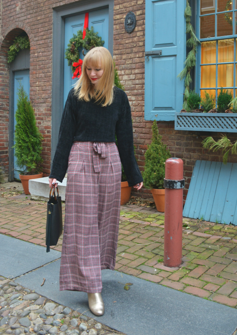 The Perfect Plaid Pants | Organized Mess