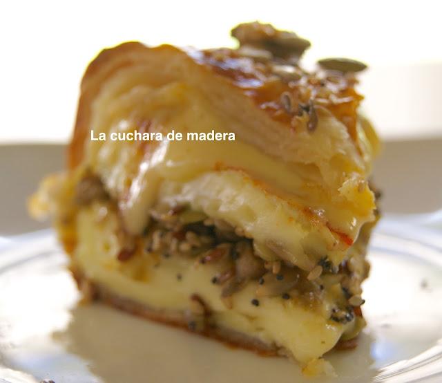 Queso Camembert Relleno De Setas Y Champiñones
