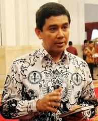 Menteri Yuddy, Jangan Emosi Respon Rasionalisasi PNS